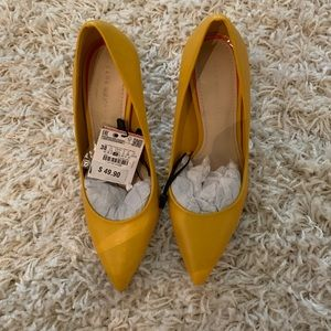 Zara yellow pump